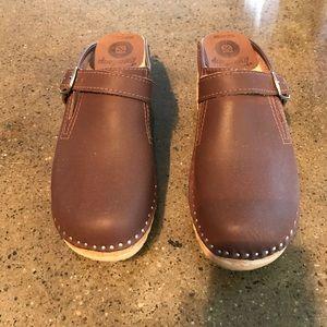 Troentorps Shoes - Troentorps clog sandal size 39. Size 8.5-9US.